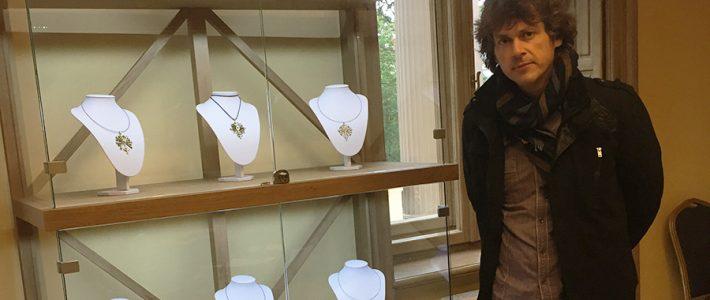 Tautodailininko M.Mikulevičiaus žalvario miniatiūrų paroda